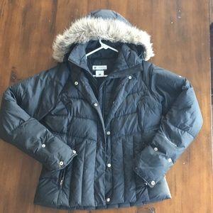 Women's Columbia down coat